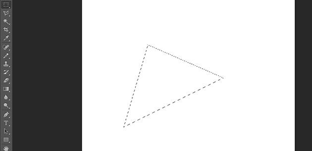 三角形の選択範囲が作成される