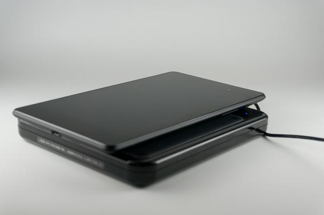 無接点充電パッド「QE-TM101」